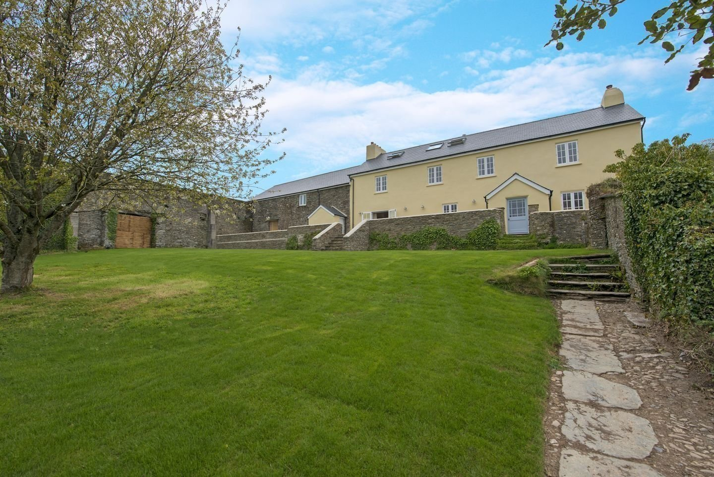 Lower Widdicombe Farm property management in Beesands